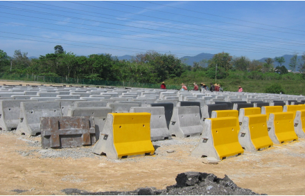 Casting yard for new Jersey barrier at Jelapang, Ipoh