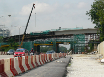 Road Crossing & Box Girder Construction at Ramp D