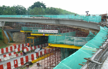 Road Crossing & Box Girder Construction at Ramp F