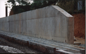 Construction of abutment retaining wall